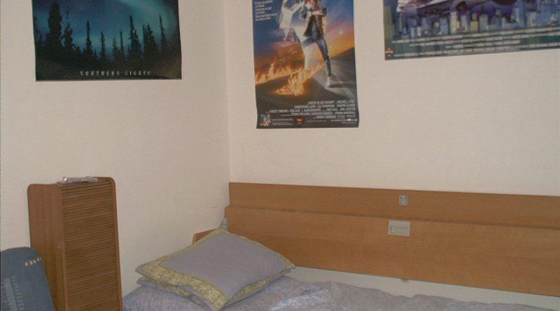 Bett im früheren Zimmer